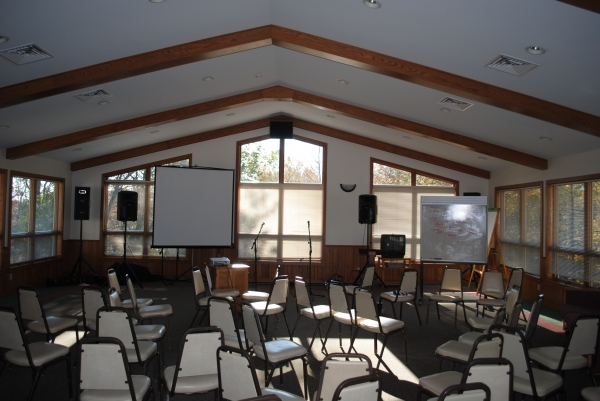 Spruce Meeting room